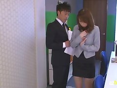 AzHotPorn.com - Asian Female Teacher WithoUT Panties Part