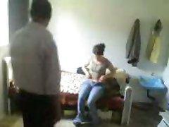 αραβικό συριακό άνθρωπος γλείφει το μουνί