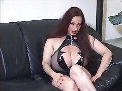 Goth lielas krūtis JOI