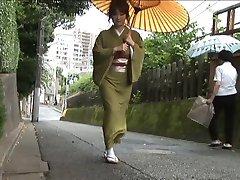 Kimono girl scene2