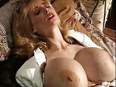 Vintage big tits sarkanas zeķes blondīne slīpēšanas