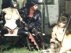 Niemieckie gumowe damskie