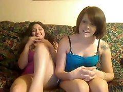 dwie tłuste nastolatki mastrubation przed kamerką