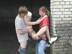 İki tatlı Rus kızlar PornFix lanet olsun.A. Ş.Birleşik Krallık