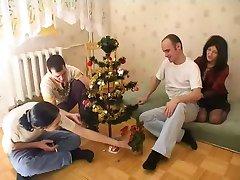 ناضجة العربدة في وقت عيد الميلاد
