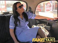 FakeTaxi zločesta sestra u kabini ispovijed