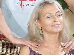 Vrlo seksi ruska mama
