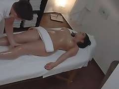 bujne žene masaža voajer (staging)