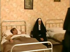 2 zakonnice w szpitalu