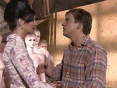 KimKim de - Scharfer seks u mit geilen Пуппен (scena 7)