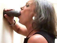 怪胎的性质140奶奶英国广播公司的荣耀孔
