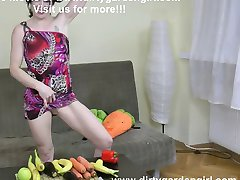 Huge vegetables pussy and ass insertions dirtygardengirl