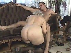 germană bunica orgie