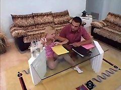 Vakre Ungdoms Leah Luv Fucks henne Kontaktlærer