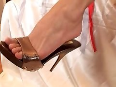 foot wishes with mya diamond and warm friend