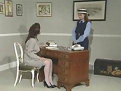 Lesbiešu direktore un viņas jautri PT 1
