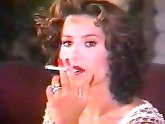 Karii धूम्रपान