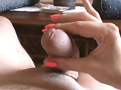 MASSIVE CUMSHOT HANDJOB WANK OGASM CLOSEUP COMMENT PLS