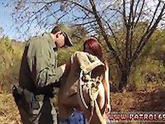 Skolas tualetes blowjob xxx Oficer patrulēšanas