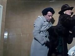ברברה פושה ב-40 GRADI כל'OMBRA דל LENZUOLO 1976