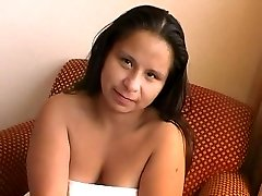 NDNgirls.com native american midget gefickt in Winnipeg, 25yo