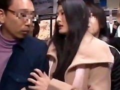 Risa मुराकामी, Madoka Kitahara में डालकर पति के सामने