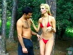 Gara Auguma Blondīne Brazīlijas Shemale