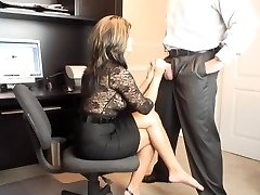 Hot COUGAR Office Fellatio