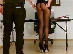 Sekretārs zeķbikses pakļauti.