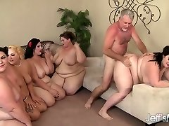 5 Ragveida BBWs fucked ar 3 gaiļus