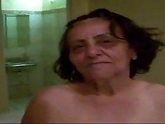 Vecmāmiņa 70yo Anal fuck