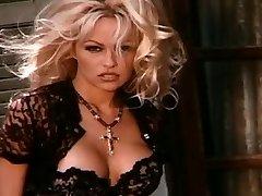 Labākais Pamela Anderson
