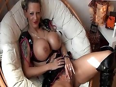Tattooed German Doll with big Jugs gets fucked
