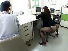 Japāņu biroja meitene diskus man traki ar airliner1