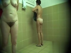 Slēptās kameras sabiedrisko baseins, dušas 738