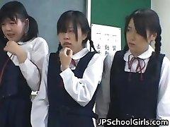 Āzijas studenti klasē ir part2