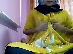 hijab getting off