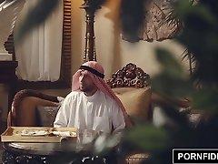 PORNFIDELITY纳迪亚*阿里*粗糙的穆斯林的惩罚性