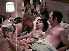 בתולה להתעורר (1971) (ארה
