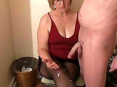 Mrs Watson dod viņas kaimiņš handjob