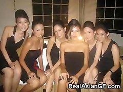 Hot Asian Teenager Girlfriends!