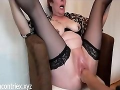 Mature Extreme Fisting with Orgasm Squirting