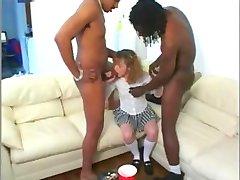 scolarita suge pule mari și negre