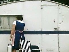 porno retro 1970 - hot & paroase brunete devine futut în camper