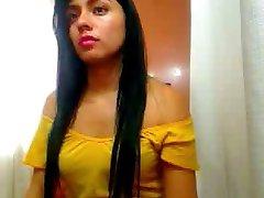 Horny Beautifull Puerto Rican Girl Behind Cam
