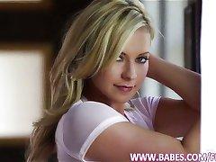 Stunning blonde Lena Nicole cums hard