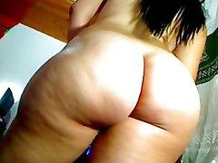 Hot Latina Big Juicy Ass