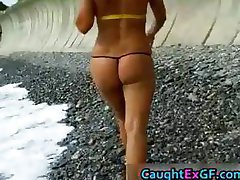 Bikini babe shows her sexy pics part1