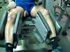 Str8 daddy exercise in gym