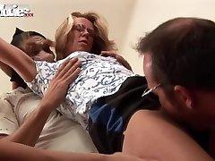 Joy MOVIES Gangbanging Granny